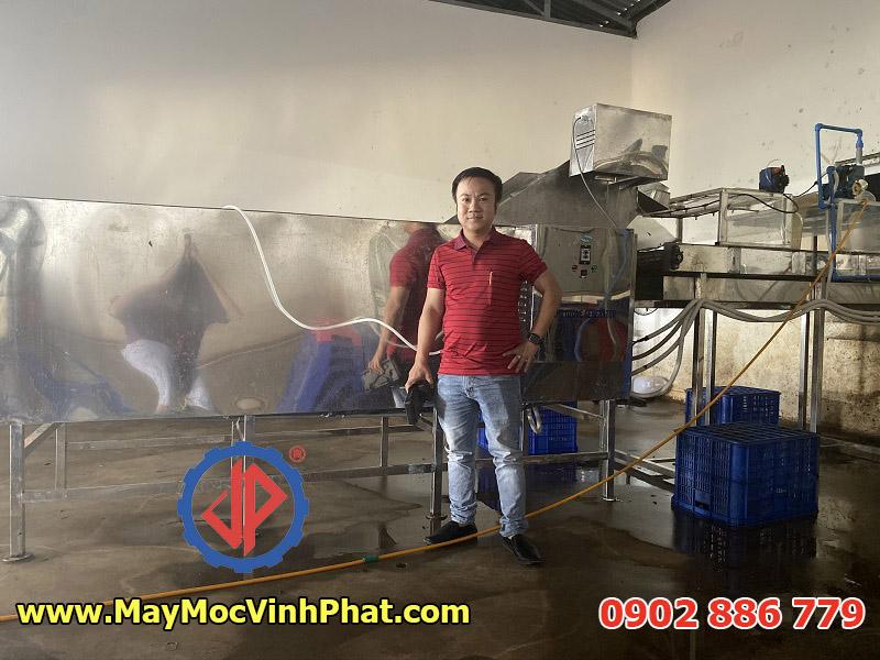 Vĩnh Phát lắp đặt dây chuyền máy rửa chanh dây tại nhà máy ở Lâm Đồng