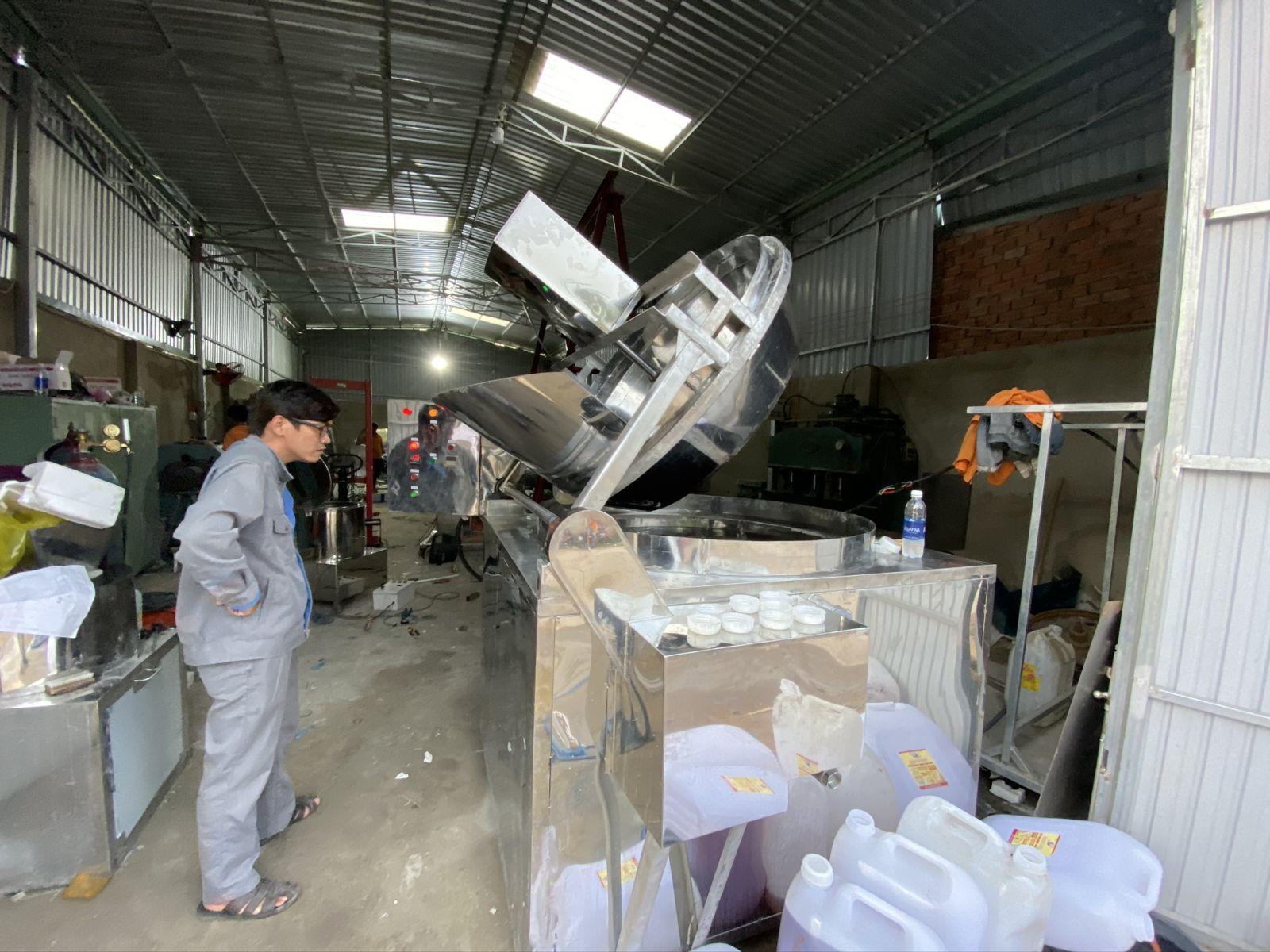 Bếp chiên nhúng công nghiệp tự động Vĩnh Phát