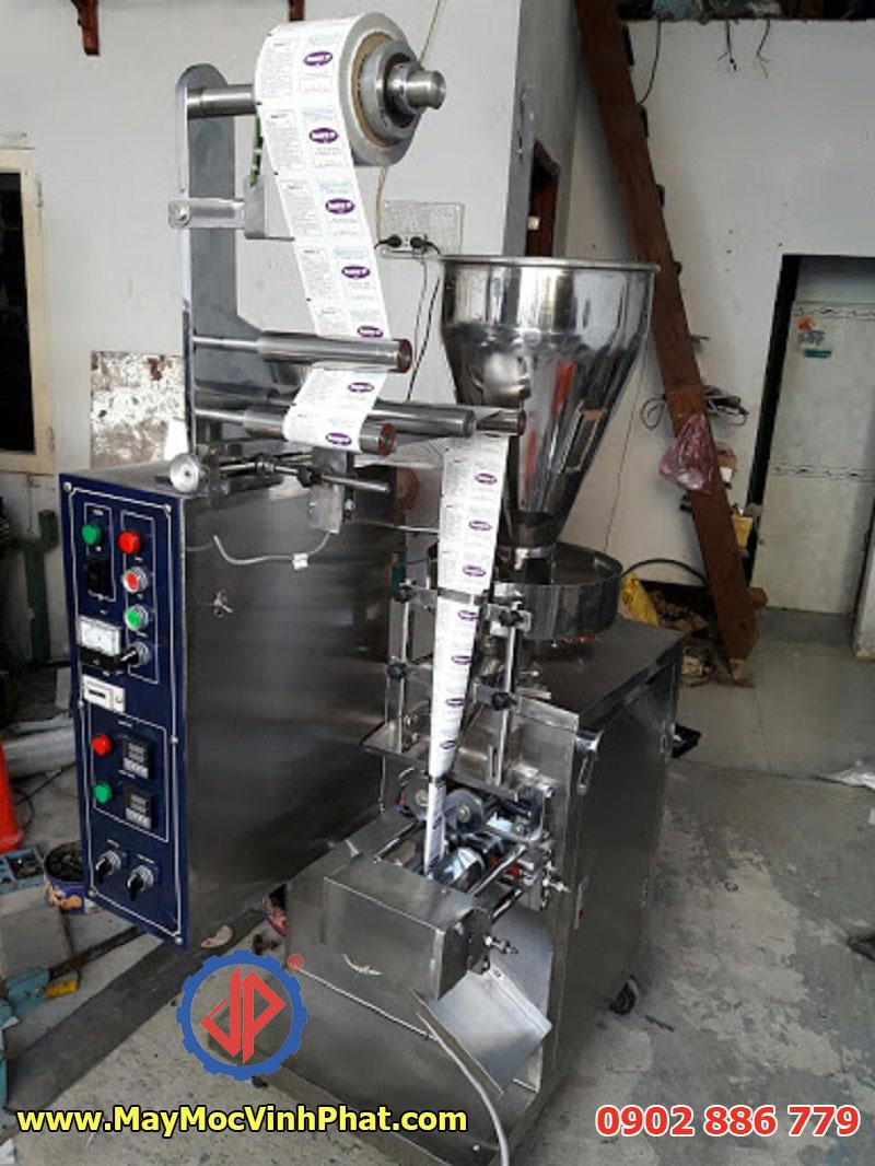 Một model máy đóng gói trục vít cho bột canh,cà phê, dược phẩm...