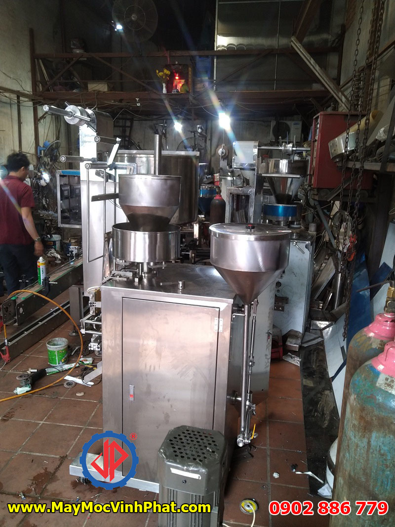 Máy đóng gói trục vít tự động cho bao bì bột canh, hạt nêm