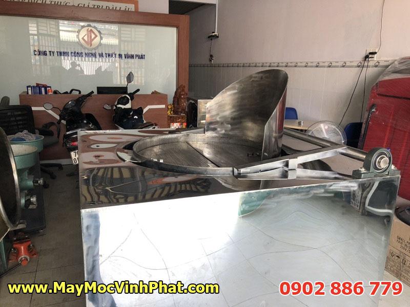 Hình ảnh máy chiên tự động, bếp chiên công nghiệp bằng điện Vĩnh Phát tại showroom