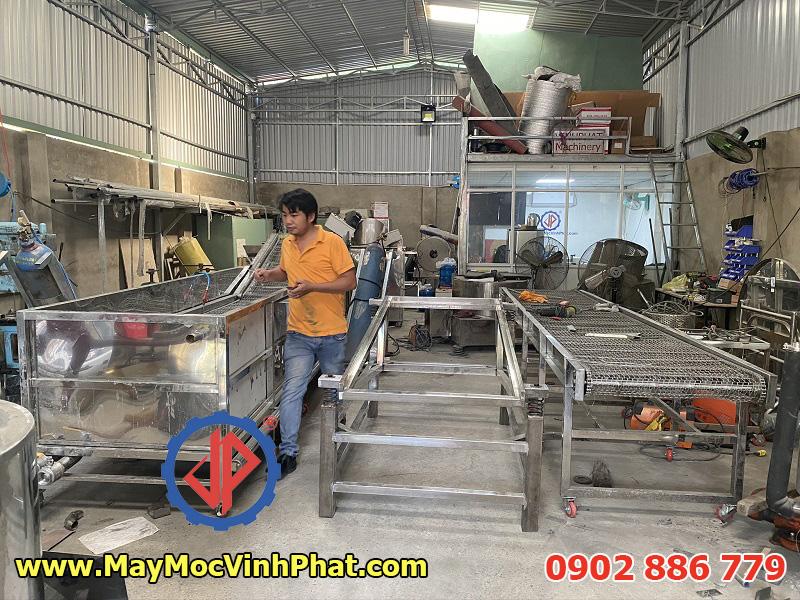 Hình ảnh dây chuyền rửa thanh long thiết kế gia công 100% từ Vĩnh Phát Việt Nam