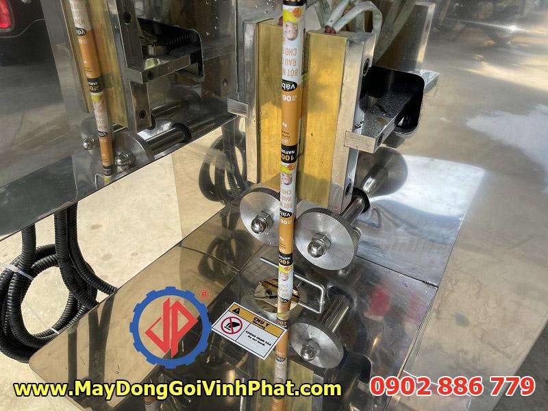 Bán máy đóng gói bột, hạt nêm cho bé giá rẻ hàng Vĩnh Phát Việt Nam