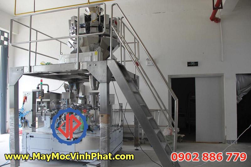 Máy đóng gói túi zipper Vĩnh Phát nhập khẩu và cung cấp dạng cân định lượng điện tử