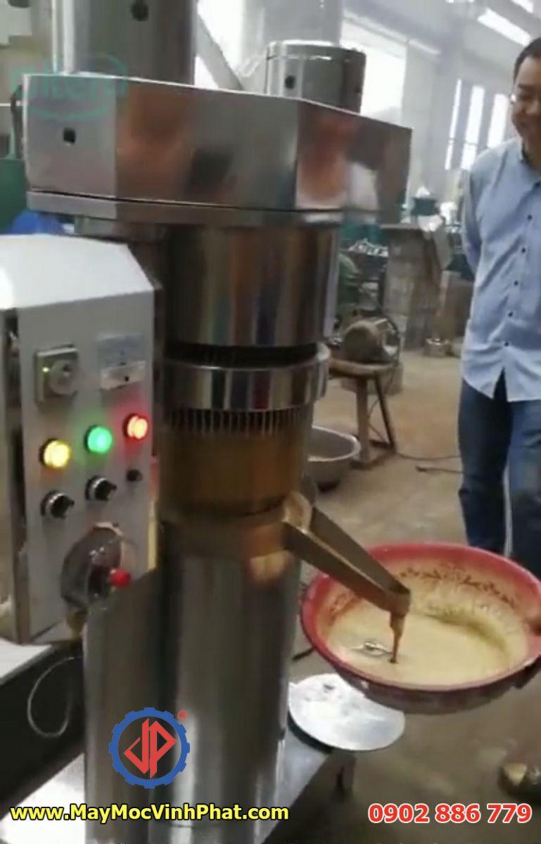 Vận hành máy ép dầu thực vật dạng thủy lực Vĩnh Phát