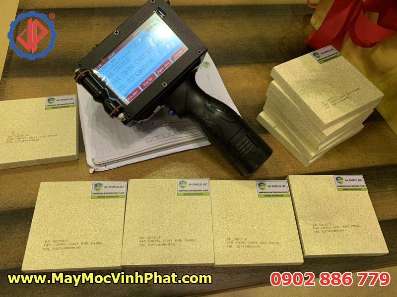 Máy in phun date, máy in hạn sử dụng cầm tay, đầu phun hãng HP - USA chất lượng cao, giá rẻ