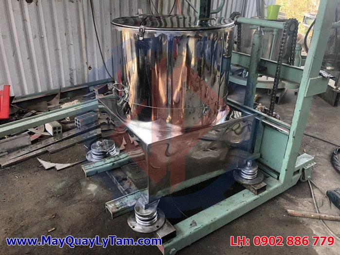 Sản xuất máy vắt ly tâm inox ngay tại xưởng Vĩnh Phát ở Quận 9 - TPHCM