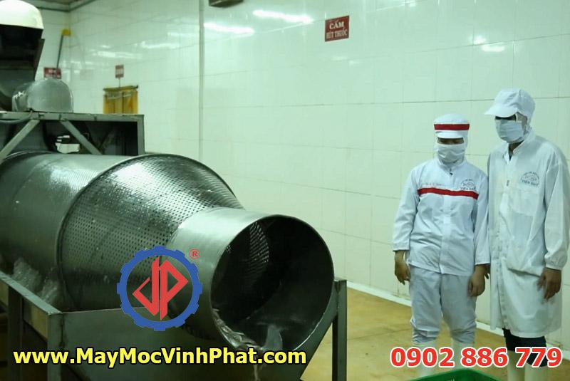 Máy rửa da cá basa làm nguyên liệu sơ chế