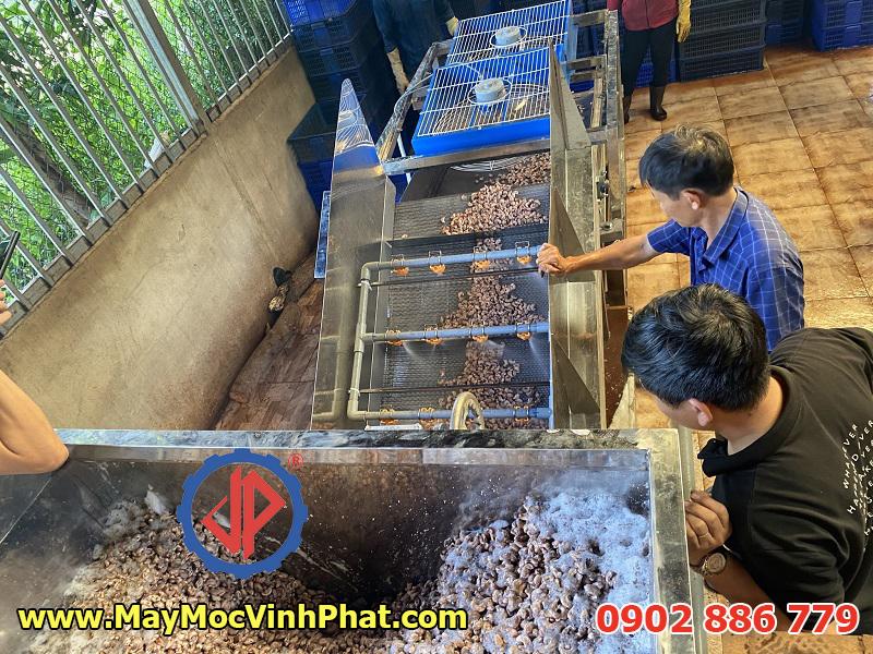 Hệ thống máy rửa hạt điều chuyên nghiệp đầu tiên tại Việt Nam do Cty Vĩnh Phát chế tạo