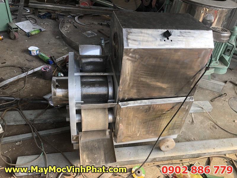 Máy tách xương cá Vĩnh Phát giá rẻ, hiệu quả cao, made in Việt Nam