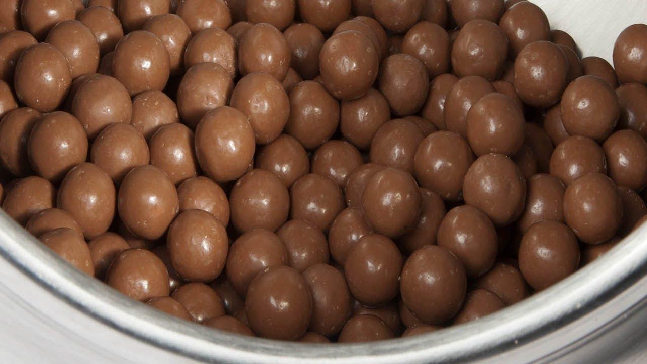Máy làm đậu phộng bọc socola ngon tuyệt